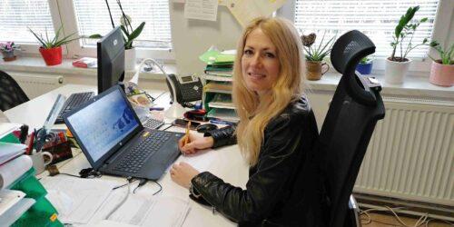 Sociální pracovnice Lea Chmelařová na středisku ve Velkém Meziříčí